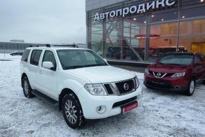 Авто Nissan Pathfinder, 2011 года выпуска, цена 1 199 000 руб., Санкт-Петербург