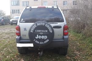 Автомобиль Jeep Liberty, хорошее состояние, 2002 года выпуска, цена 350 000 руб., Санкт-Петербург