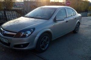 Подержанный автомобиль Opel Astra, среднее состояние, 2008 года выпуска, цена 300 000 руб., Нефтеюганск