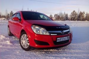 Подержанный автомобиль Opel Astra, отличное состояние, 2010 года выпуска, цена 440 000 руб., Сургут