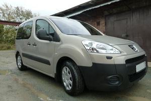 Подержанный автомобиль Peugeot Partner, хорошее состояние, 2009 года выпуска, цена 400 000 руб., Озерск