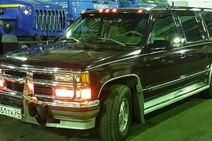 Автомобиль Chevrolet Suburban, хорошее состояние, 1994 года выпуска, цена 650 000 руб., Норильск