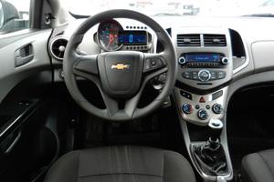 Авто Chevrolet Aveo, 2013 года выпуска, цена 409 196 руб., Екатеринбург