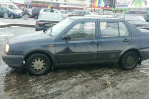 Автомобиль Volkswagen Vento, среднее состояние, 1993 года выпуска, цена 50 000 руб., Санкт-Петербург
