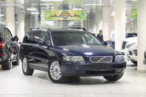 Авто Volvo V70, 2003 года выпуска, цена 333 333 руб., Москва