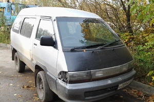 Подержанный автомобиль Toyota Town Ace, среднее состояние, 1991 года выпуска, цена 100 000 руб., Смоленск