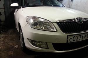 Подержанный автомобиль Skoda Fabia, отличное состояние, 2011 года выпуска, цена 360 000 руб., Челябинск