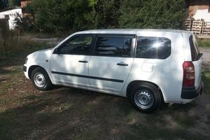 Автомобиль Toyota Succeed, хорошее состояние, 2006 года выпуска, цена 330 000 руб., Москва