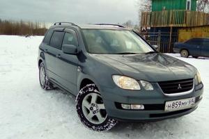 Автомобиль Mitsubishi Airtrek, хорошее состояние, 2001 года выпуска, цена 320 000 руб., Тверь