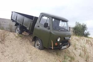 Подержанный автомобиль УАЗ 452, среднее состояние, 1981 года выпуска, цена 99 000 руб., Ханты-Мансийск