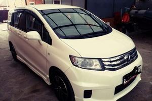 Автомобиль Honda Freed, отличное состояние, 2010 года выпуска, цена 570 000 руб., Ростов-на-Дону