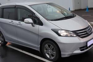 Автомобиль Honda Freed, отличное состояние, 2009 года выпуска, цена 590 000 руб., Владимир