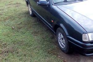 Автомобиль Renault 19, среднее состояние, 2000 года выпуска, цена 100 000 руб., Краснодар