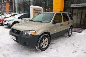 Авто Ford Escape, 2004 года выпуска, цена 349 000 руб., Москва