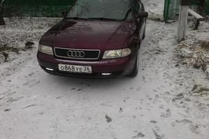 Подержанный автомобиль Audi A4, хорошее состояние, 1996 года выпуска, цена 215 000 руб., Краснодар