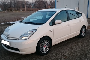 Автомобиль Toyota Prius, отличное состояние, 2011 года выпуска, цена 650 000 руб., Щелково