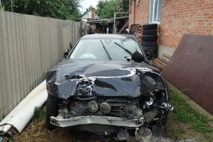 Подержанный автомобиль Audi A8, битый состояние, 2010 года выпуска, цена 800 000 руб., Усть-Лабинск
