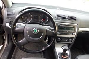 Подержанный автомобиль Skoda Octavia, отличное состояние, 2010 года выпуска, цена 550 000 руб., Магнитогорск