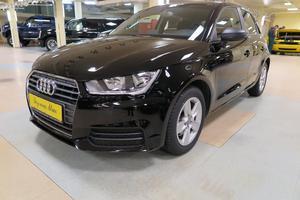 Подержанный автомобиль Audi A1, отличное состояние, 2015 года выпуска, цена 880 000 руб., Москва