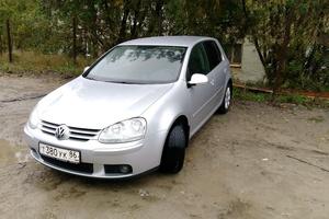 Автомобиль Volkswagen Golf, отличное состояние, 2005 года выпуска, цена 330 000 руб., Нефтеюганск