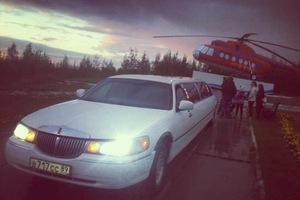 Автомобиль Lincoln Town Car, битый состояние, 2000 года выпуска, цена 300 000 руб., Салехард