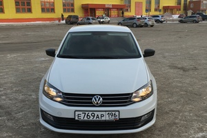 Подержанный автомобиль Volkswagen Polo, отличное состояние, 2015 года выпуска, цена 575 000 руб., Челябинск