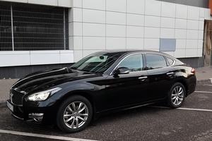 Автомобиль Infiniti Q70, отличное состояние, 2015 года выпуска, цена 2 200 000 руб., Москва