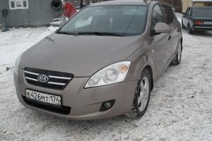 Подержанный автомобиль Kia Cee'd, хорошее состояние, 2007 года выпуска, цена 340 000 руб., Нижневартовск