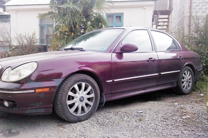 Подержанный автомобиль Hyundai Sonata, хорошее состояние, 2002 года выпуска, цена 260 000 руб., Сочи
