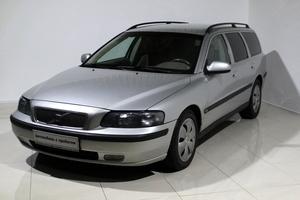 Авто Volvo V70, 2004 года выпуска, цена 395 000 руб., Москва
