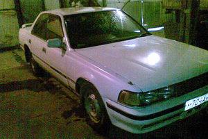 Автомобиль Toyota Cresta, среднее состояние, 1989 года выпуска, цена 35 000 руб., Юрга