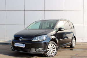 Авто Volkswagen Touran, 2011 года выпуска, цена 649 000 руб., Москва