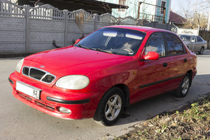 Автомобиль Daewoo Lanos, среднее состояние, 1998 года выпуска, цена 130 000 руб., Крым