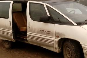 Автомобиль Pontiac Trans Sport, среднее состояние, 1990 года выпуска, цена 45 000 руб., Смоленск