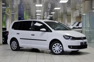 Авто Volkswagen Touran, 2010 года выпуска, цена 599 999 руб., Москва