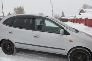 Автомобиль Nissan Tino, хорошее состояние, 2002 года выпуска, цена 260 000 руб., Новосибирск