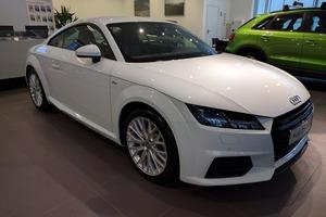 Авто Audi TT, 2016 года выпуска, цена 2 718 000 руб., Москва