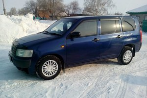 Автомобиль Toyota Probox, среднее состояние, 2003 года выпуска, цена 227 000 руб., Карасук