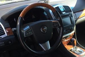 Автомобиль Cadillac SRX, хорошее состояние, 2009 года выпуска, цена 549 000 руб., Московская область