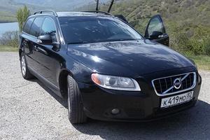 Автомобиль Volvo V70, хорошее состояние, 2009 года выпуска, цена 760 000 руб., Симферополь