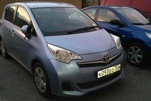 Подержанный автомобиль Toyota Ractis, отличное состояние, 2011 года выпуска, цена 550 000 руб., Подольск
