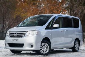 Авто Nissan Serena, 2012 года выпуска, цена 880 000 руб., Новосибирск