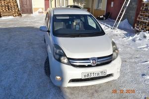 Автомобиль Toyota Isis, хорошее состояние, 2007 года выпуска, цена 535 000 руб., Новосибирск