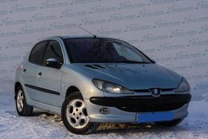 Авто Peugeot 206, 2003 года выпуска, цена 170 000 руб., Екатеринбург