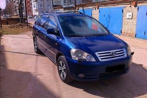 Автомобиль Toyota Avensis Verso, отличное состояние, 2003 года выпуска, цена 520 000 руб., Стрежевой