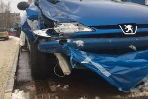 Подержанный автомобиль Peugeot 206, битый состояние, 2008 года выпуска, цена 120 000 руб., Павловский Посад