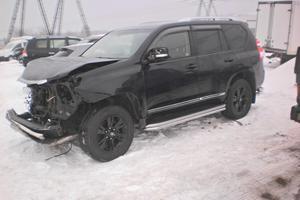 Подержанный автомобиль Toyota Land Cruiser Prado, битый состояние, 2014 года выпуска, цена 1 759 000 руб., Московская область