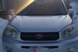 Подержанный автомобиль Toyota RAV4, хорошее состояние, 2004 года выпуска, цена 460 000 руб., Челябинск