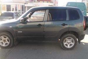 Подержанный автомобиль Chevrolet Niva, отличное состояние, 2014 года выпуска, цена 380 000 руб., Нефтеюганск