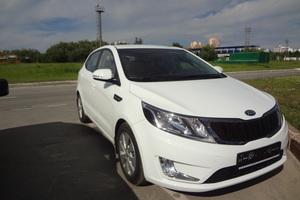Автомобиль Kia Rio, отличное состояние, 2014 года выпуска, цена 610 000 руб., Нижневартовск